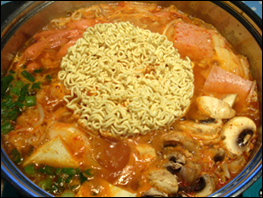 budae Jjigae with noodle
